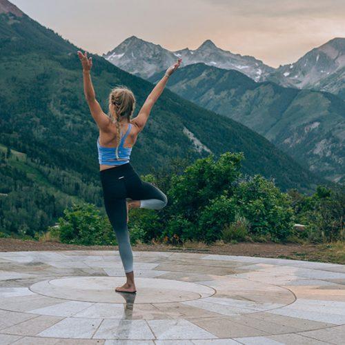 yoga-950x570